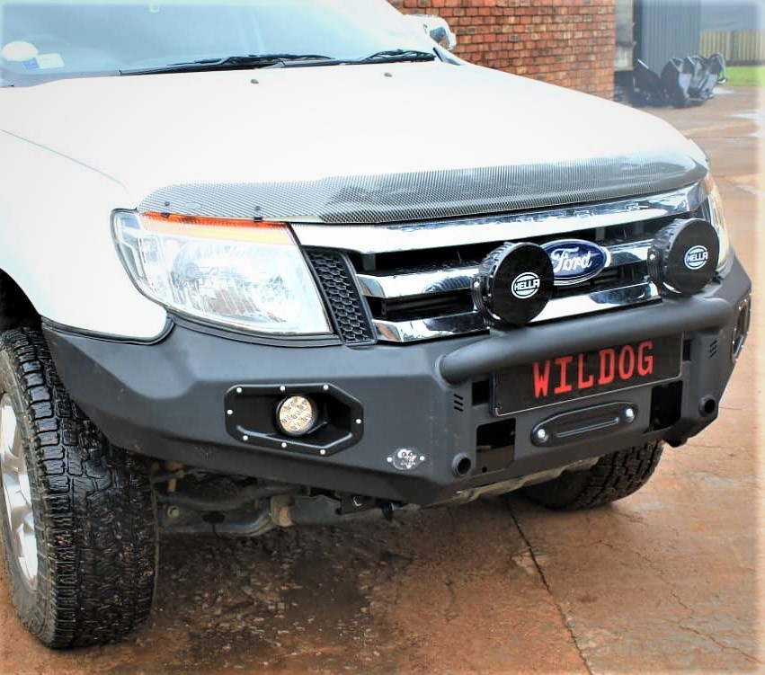 front-replacement-bumper-k9-ford-pre-facelift-black-with-nudge