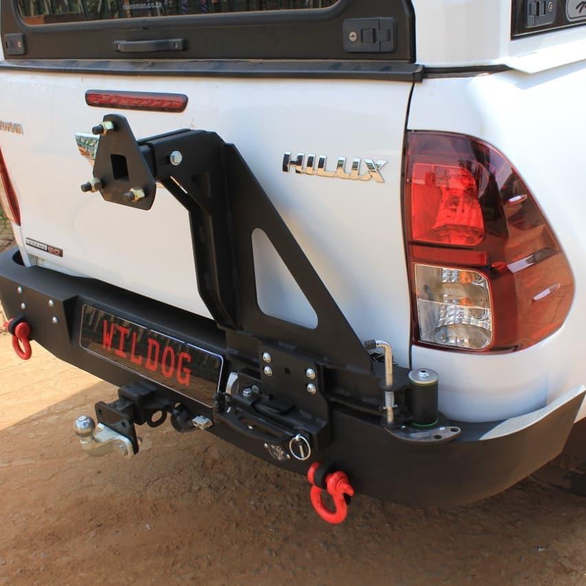 rear-replacement-bumper-with-spare-wheel-carrier-revodakarlegendraider
