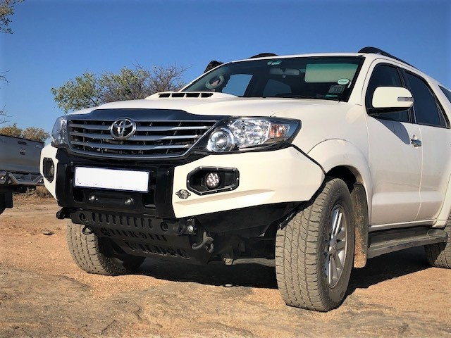 front-replacement-bumper-k9-fortuner-2011-2015-color-matched